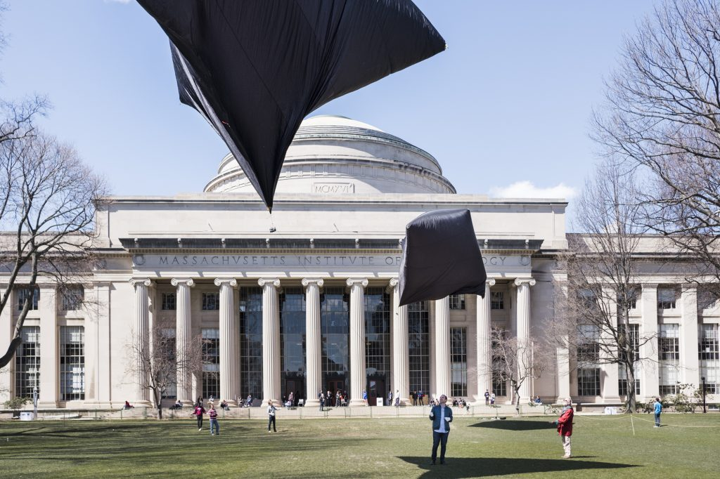 Moving Beyond Materiality – MIT Visiting Artist Tomás Saraceno
